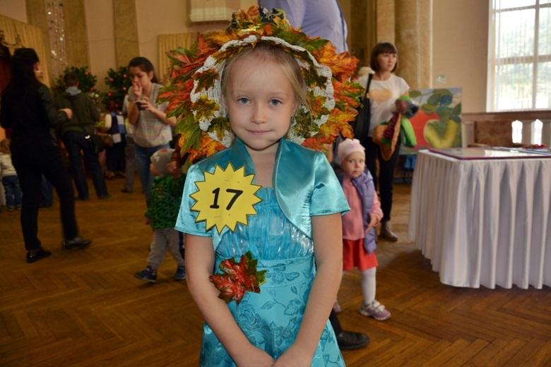 Настя Жукова, Лесной урожай, школа - детский сад