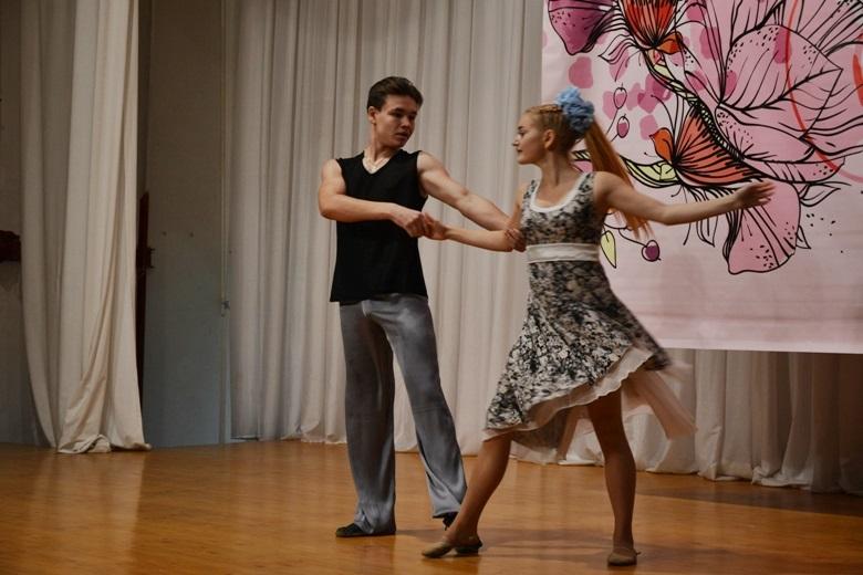 снова танцы