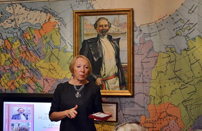 ректор Наталья Воронина
