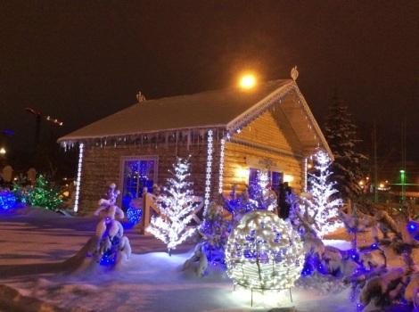 8 января Домик Деда Мороза работал последний день