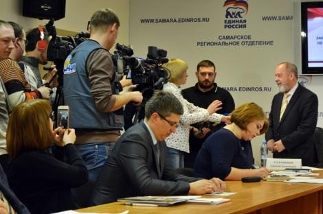 Алексей Солоницын агитирует за братство всех славян
